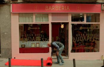 La barbería en Madrid. Making Of - El Gran Hotel Budapest - Contrapunto - WE ARE CP -